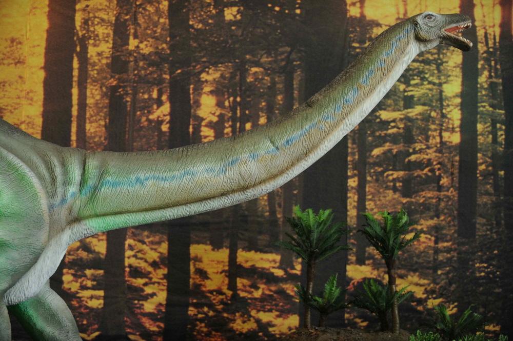 Dinosaures grandeur nature porte de versailles 15 me for Grandeur de porte