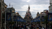 disneyland, paris, discrimination