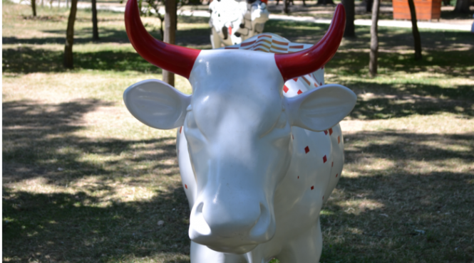 Jardin d acclimatation cow parade l expo vache for Expo jardin paris